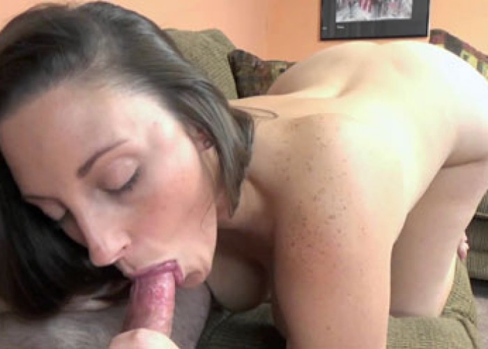 Melanie Hicks goes down on a stiff cock